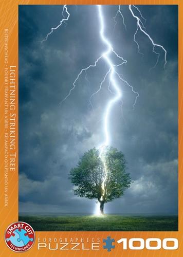 Lightning Striking Tree Puzzel (1000 stukjes)
