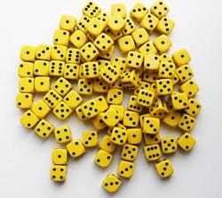 Dobbelstenen 16mm - Geel (100 stuks)