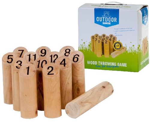 Outdoor Play - Wood Throwing Game
